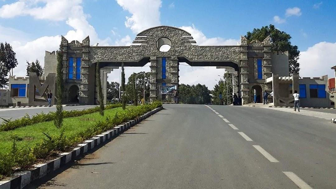 Mekelle University Community Confronts Mulu Nega, Head of the Tigray Interim Administration